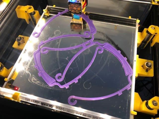 Victor Lazaro, Member of Local 600 creates 3D Face Shield